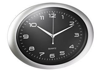 Stenska ura, ovalna, črna